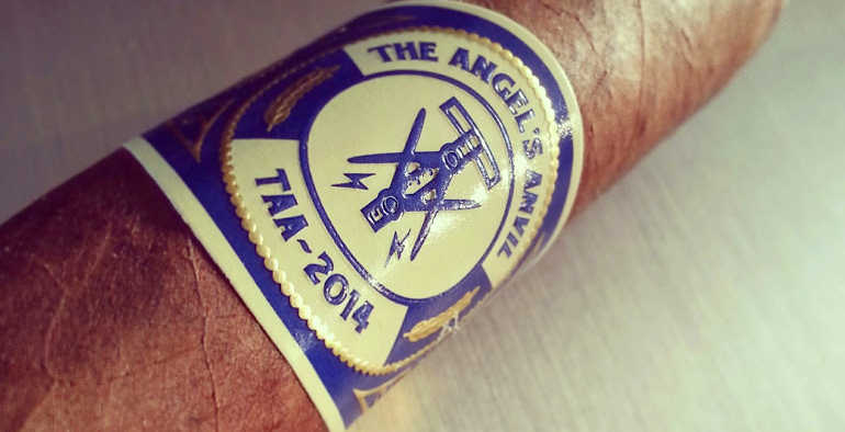 2014 Angel's Anvil by Crowned Heads